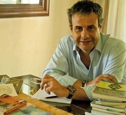 Contratar a Ari Paluch en La Agencia Biz