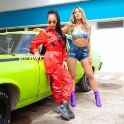 Miss Bolivia y J mena presentan Se Quema